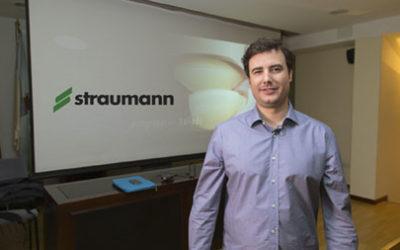 El Dr. Asensio Acevedo presenta…