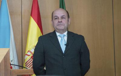 El Dr. Ortega Castro presenta…