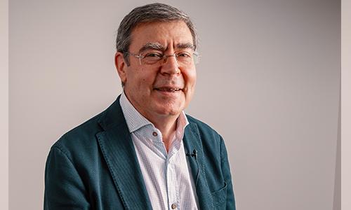 02- Prof. Dr. Urbano Santana