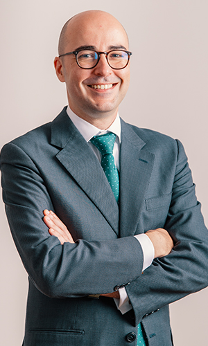 03- Dr. Carral Roura en Aula Clínica ICOEC